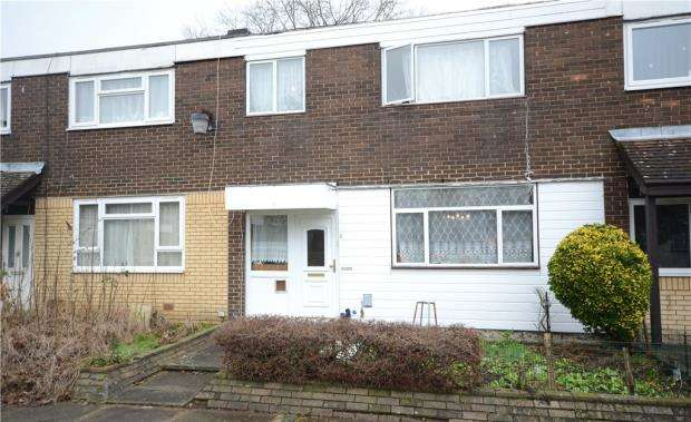 3 Bedrooms Terraced House for sale in Chaucer Road, Farnborough, Hampshire