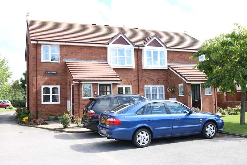 2 Bedrooms Flat for sale in Carr Lane, Birkdale, Southport