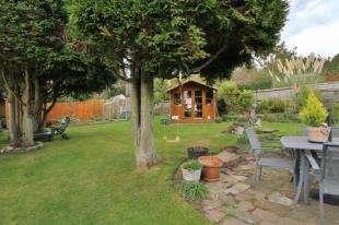 3 Bedrooms Bungalow for sale in Balsdean Road, Woodingdean, Brighton, East Sussex