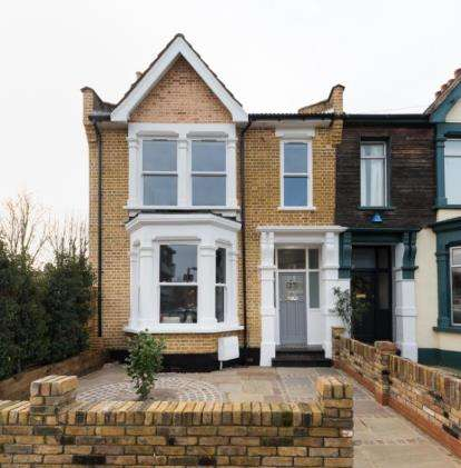 3 Bedrooms End Of Terrace House for sale in London
