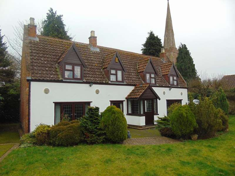 3 Bedrooms Detached House for sale in Church Lane, Tydd St Mary, Wisbech, Cambs, PE13 5QJ
