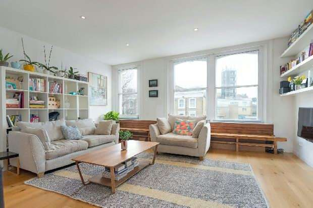 2 Bedrooms Flat for sale in Burghley Road, Kentish Town, NW5