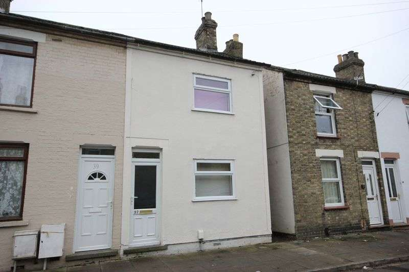 2 Bedrooms Terraced House for sale in Althorpe Street, Bedford