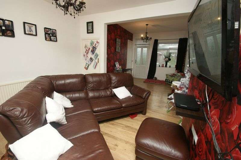 3 Bedrooms Terraced House for sale in Prospect Drive, Shirebrook