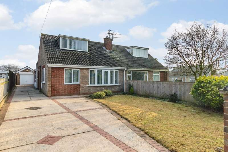4 Bedrooms Semi Detached House for sale in Clarence Close, Immingham, N E Lincolnshire, DN40 1PE