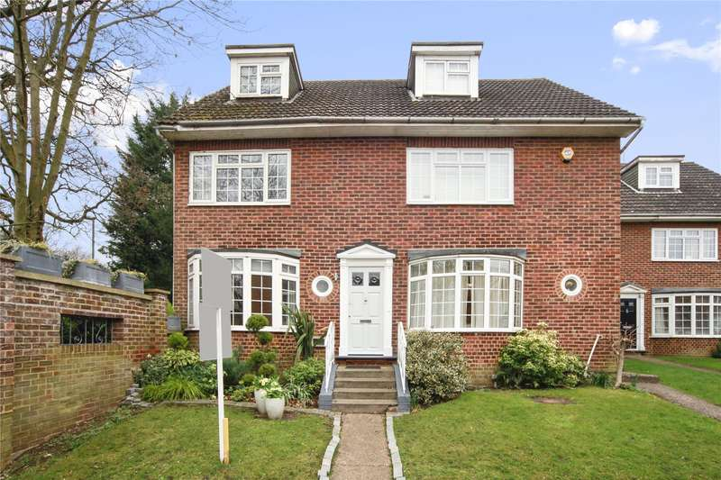 4 Bedrooms End Of Terrace House for sale in Gainsborough Court, Walton-on-Thames, Surrey, KT12