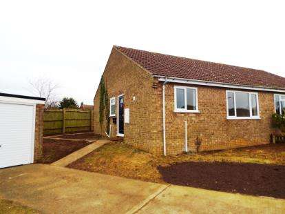2 Bedrooms Bungalow for sale in Haddenham, Ely, Cambridgeshire