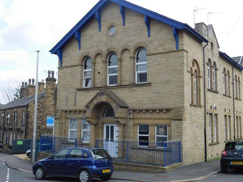 2 Bedrooms Apartment Flat for rent in The Old School House, Morley