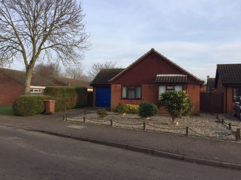 2 Bedrooms Detached Bungalow for sale in Wood View, North Walsham