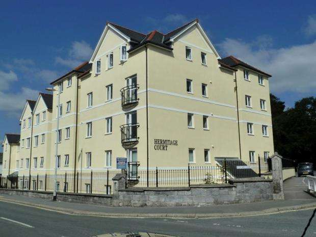 2 Bedrooms Flat for sale in Hermitage Court, 1 Ford Park, Plymouth, Devon