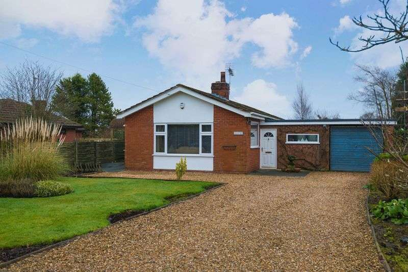 3 Bedrooms Detached Bungalow for sale in Blue Stone Lane, Mawdesley