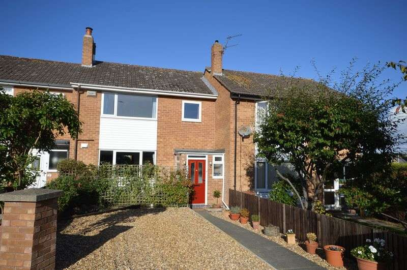 3 Bedrooms Terraced House for sale in Somerset Road, West Kirby