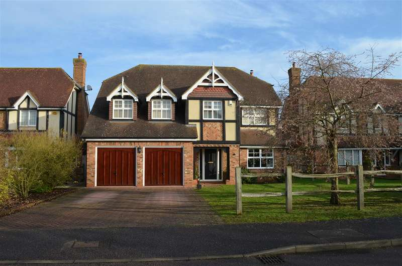 5 Bedrooms Detached House for sale in High Meadow, Harston