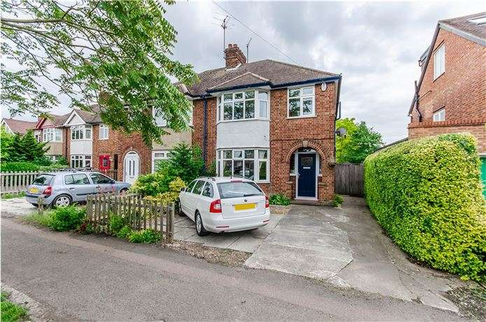 3 Bedrooms Semi Detached House for sale in Perne Road, Cambridge