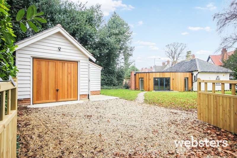3 Bedrooms Detached Bungalow for sale in Unthank Road, Norwich, NR4