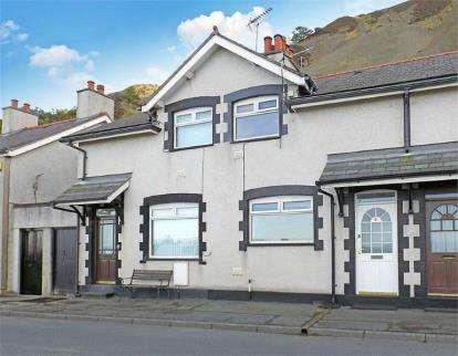 2 Bedrooms Terraced House for sale in Victoria Terrace, Penmaenmawr, Conwy, LL34