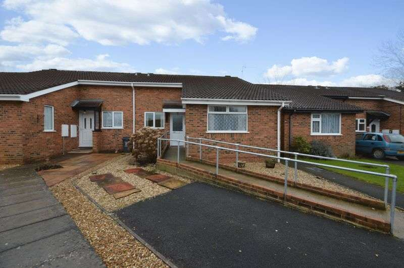2 Bedrooms Semi Detached Bungalow for sale in Winstanley Close, West Swindon