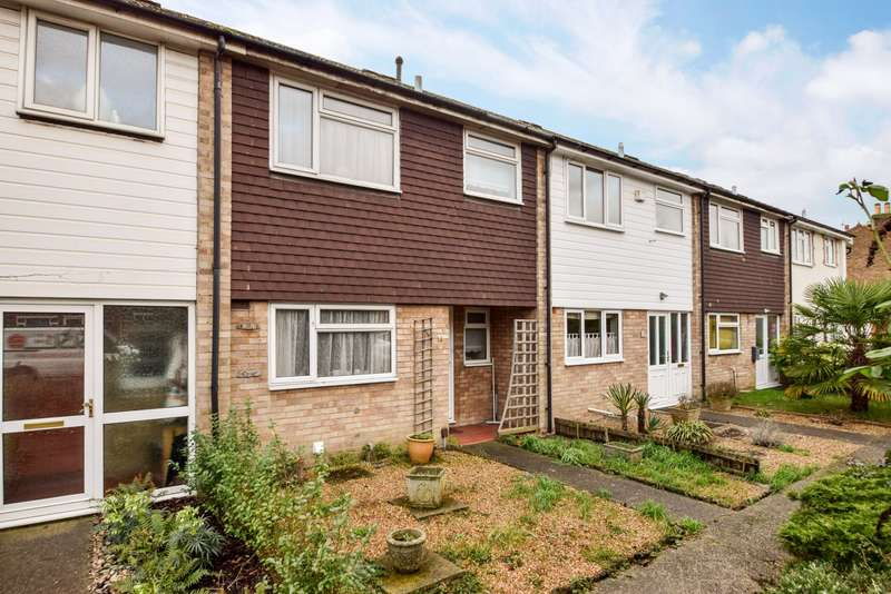 3 Bedrooms Terraced House for sale in Hogfair Lane, Burnham, SL1