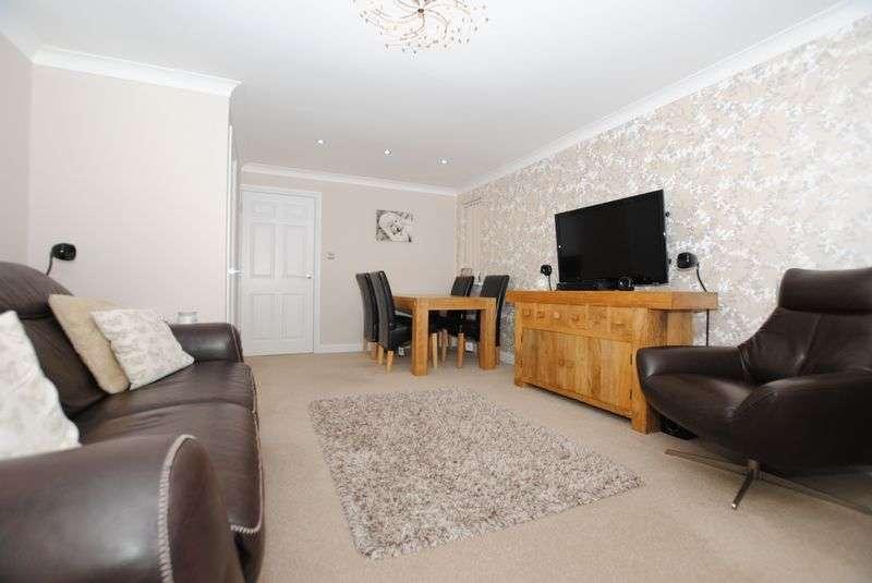 3 Bedrooms Semi Detached House for sale in Paddock Close, Saltash
