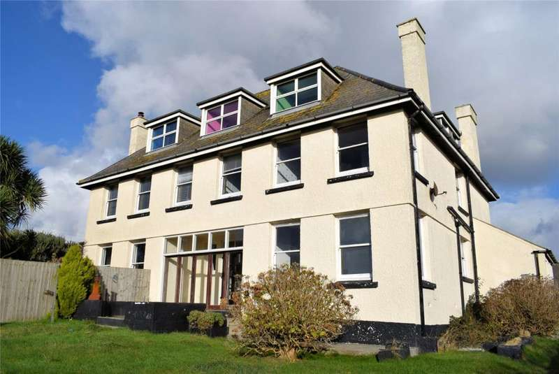 8 Bedrooms Detached House for sale in Polurrian Road, MULLION, Near Helston