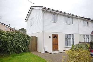3 Bedrooms Semi Detached House for sale in Hutton Gardens, Harrow Weald