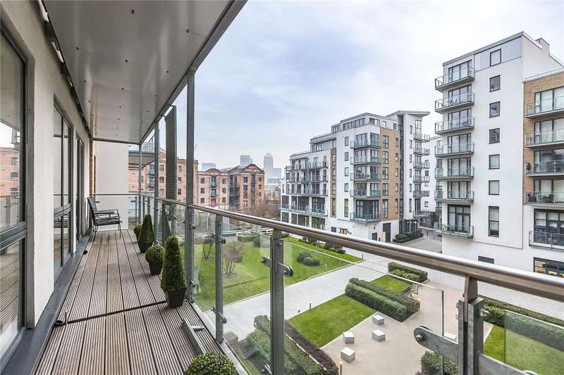 3 Bedrooms Flat for sale in Ceram Court, 10 Seven Sea Gardens, London, E3