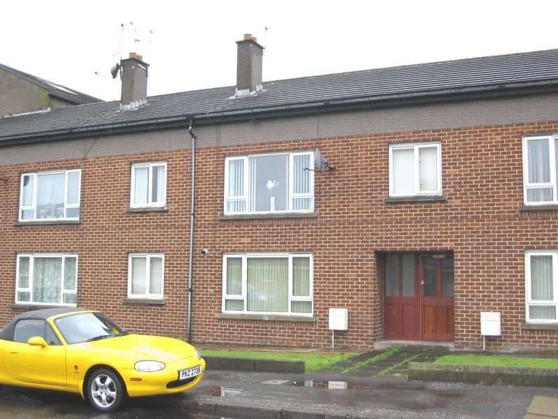 2 Bedrooms Flat for sale in Shaftesbury Cross, Carrickfergus