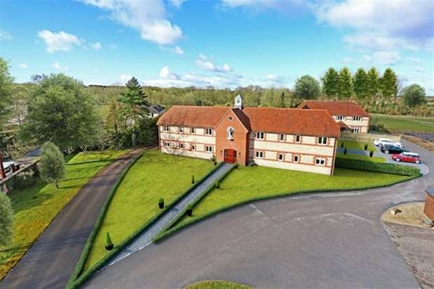 3 Bedrooms Semi Detached House for sale in Tytherington
