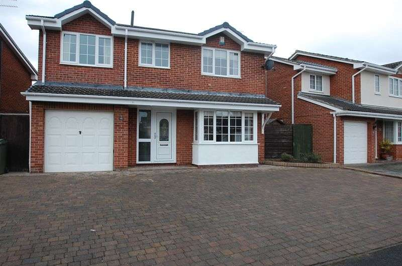 4 Bedrooms Detached House for sale in Fountains Avenue, Ingleby Barwick, Stockton-On-Tees