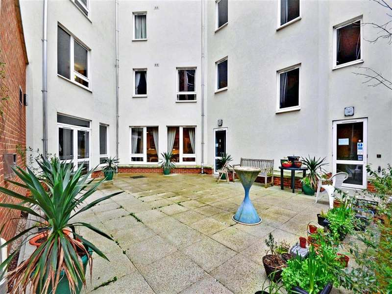 1 Bedroom Flat for sale in Park Street, Brighton, East Sussex