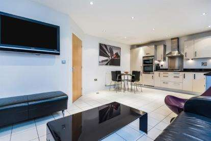 4 Bedrooms Detached House for sale in Asbury Walk, Birmingham, West Midlands