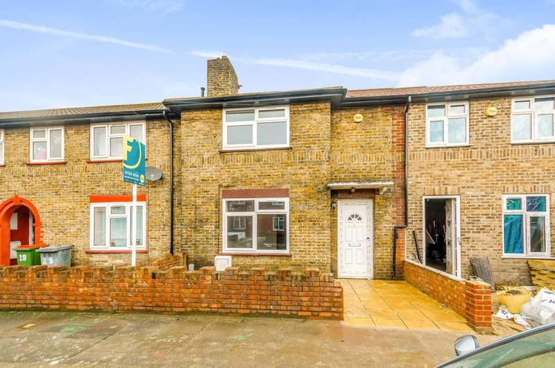 3 Bedrooms Terraced House for sale in Godbold Road, West Ham, E15