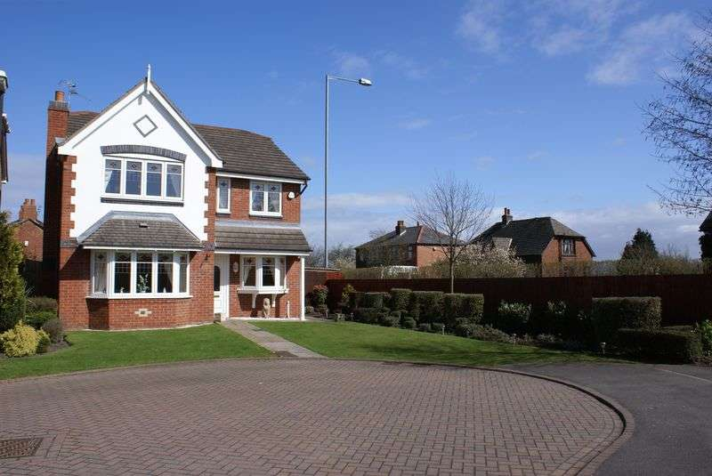 4 Bedrooms Detached House for sale in Rowan Close, Burscough