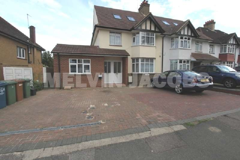 1 Bedroom Maisonette Flat for sale in Whitchurch Lane, Edgware, Greater London. HA8 6QL