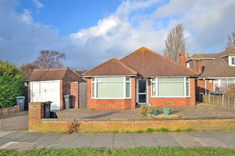 2 Bedrooms Detached Bungalow for sale in Barfield Park, Lancing, West Sussex, BN15