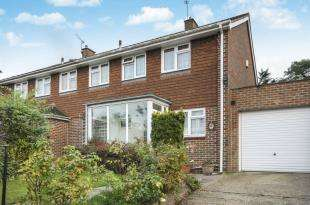 3 Bedrooms Semi Detached House for sale in The Grove, Sidcup