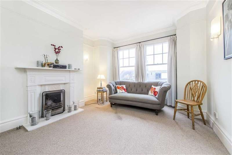 3 Bedrooms Flat for sale in Cambridge Mansions, Battersea, London, SW11