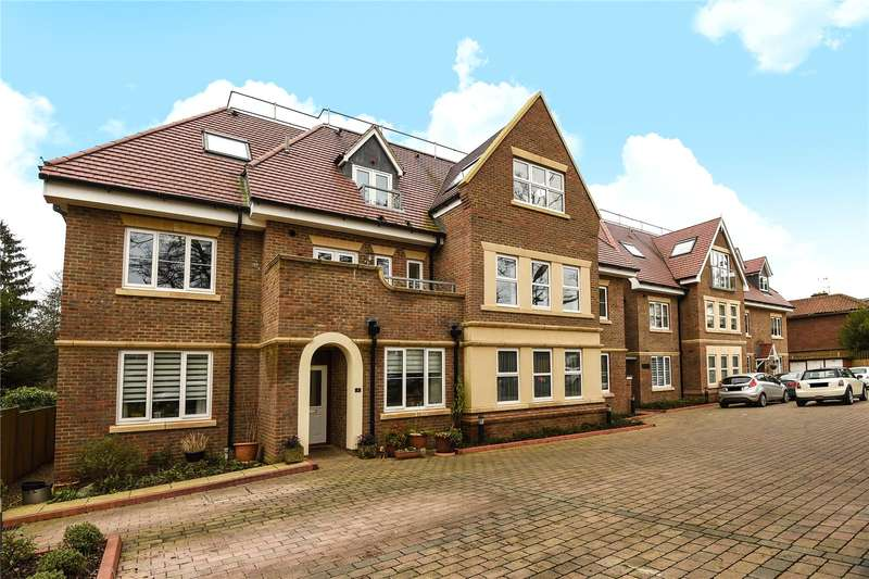 2 Bedrooms Apartment Flat for sale in Woodlands, 103 Ducks Hill Road, Northwood, Middlesex, HA6
