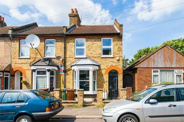3 Bedrooms End Of Terrace House for sale in Gloucester Road, Walthamstow, London