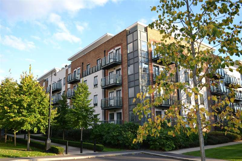 Studio Flat for sale in Queen Mary House, Holford Way, Roehampton
