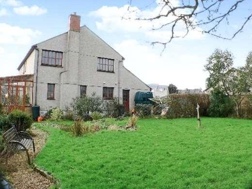 4 Bedrooms Detached House for sale in Halwin Crescent, Porkellis, Helston