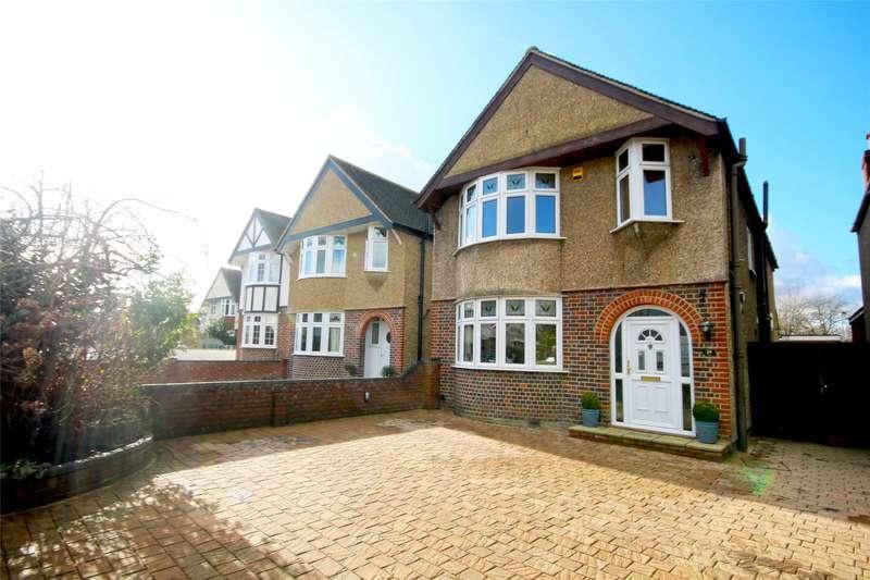 4 Bedrooms Detached House for sale in School Lane, Addlestone, Surrey, KT15