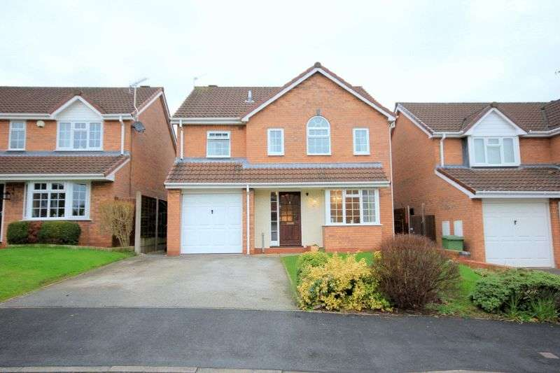 4 Bedrooms Detached House for sale in Phillips Close, Stone