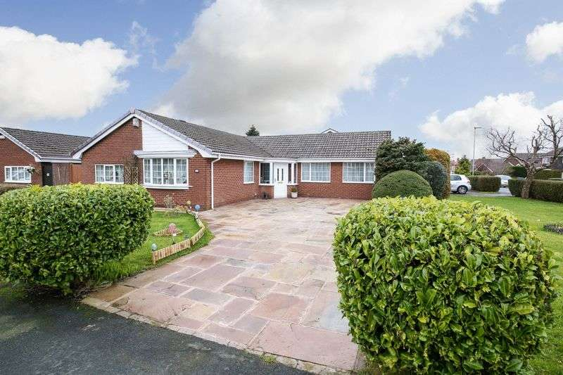 4 Bedrooms Detached House for sale in Longendale Road, Standish