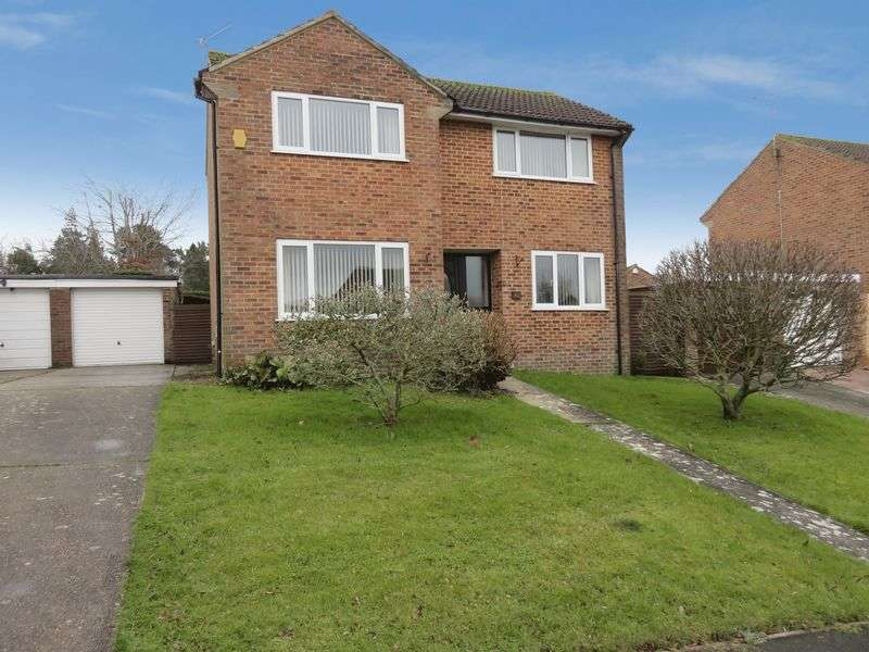 3 Bedrooms Detached House for sale in Nursery Gardens, Chard