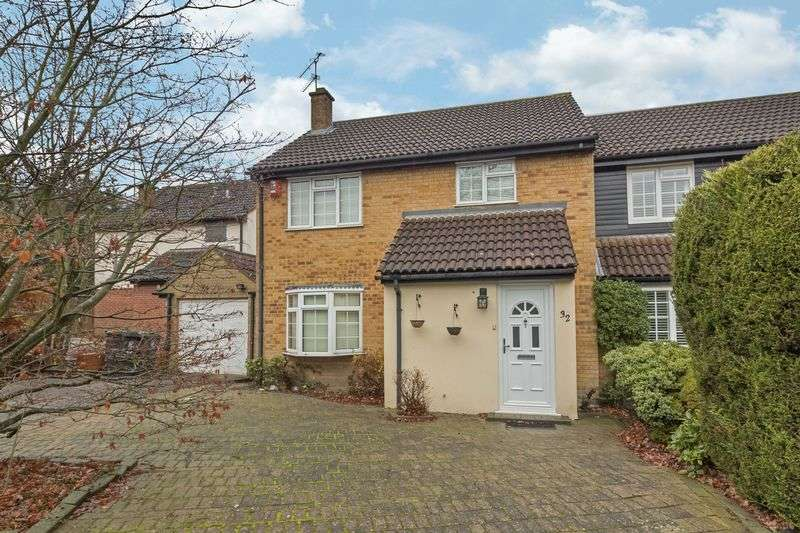 4 Bedrooms Semi Detached House for sale in Ely Place, Woodford Green