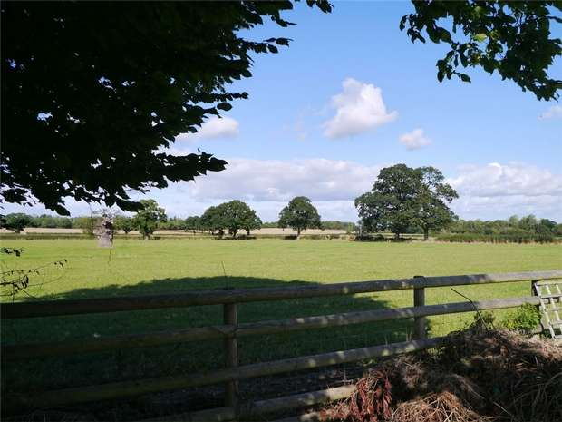 3 Bedrooms Detached House for sale in North Quay, Earl's Croome, Worcestershire
