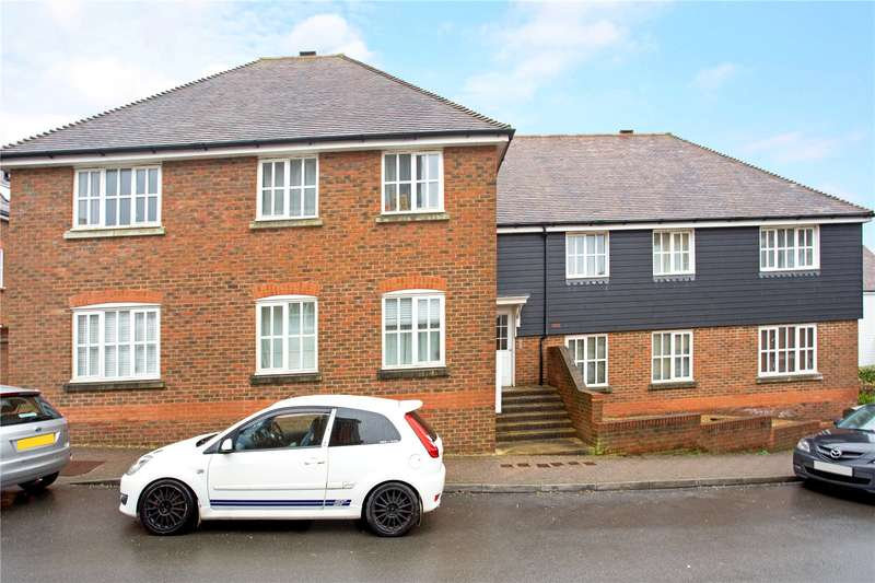 1 Bedroom Flat for sale in Weavers Mead, Haywards Heath, West Sussex, RH16