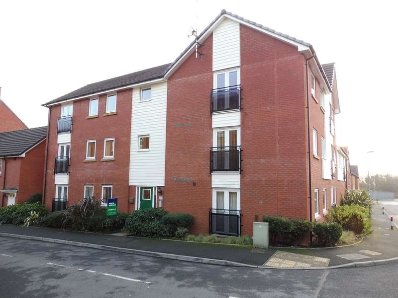 2 Bedrooms Flat for sale in Longacres, Bridgend