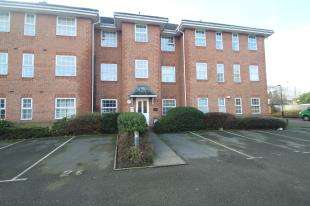 2 Bedrooms Flat for sale in Tavern Close, Carshalton